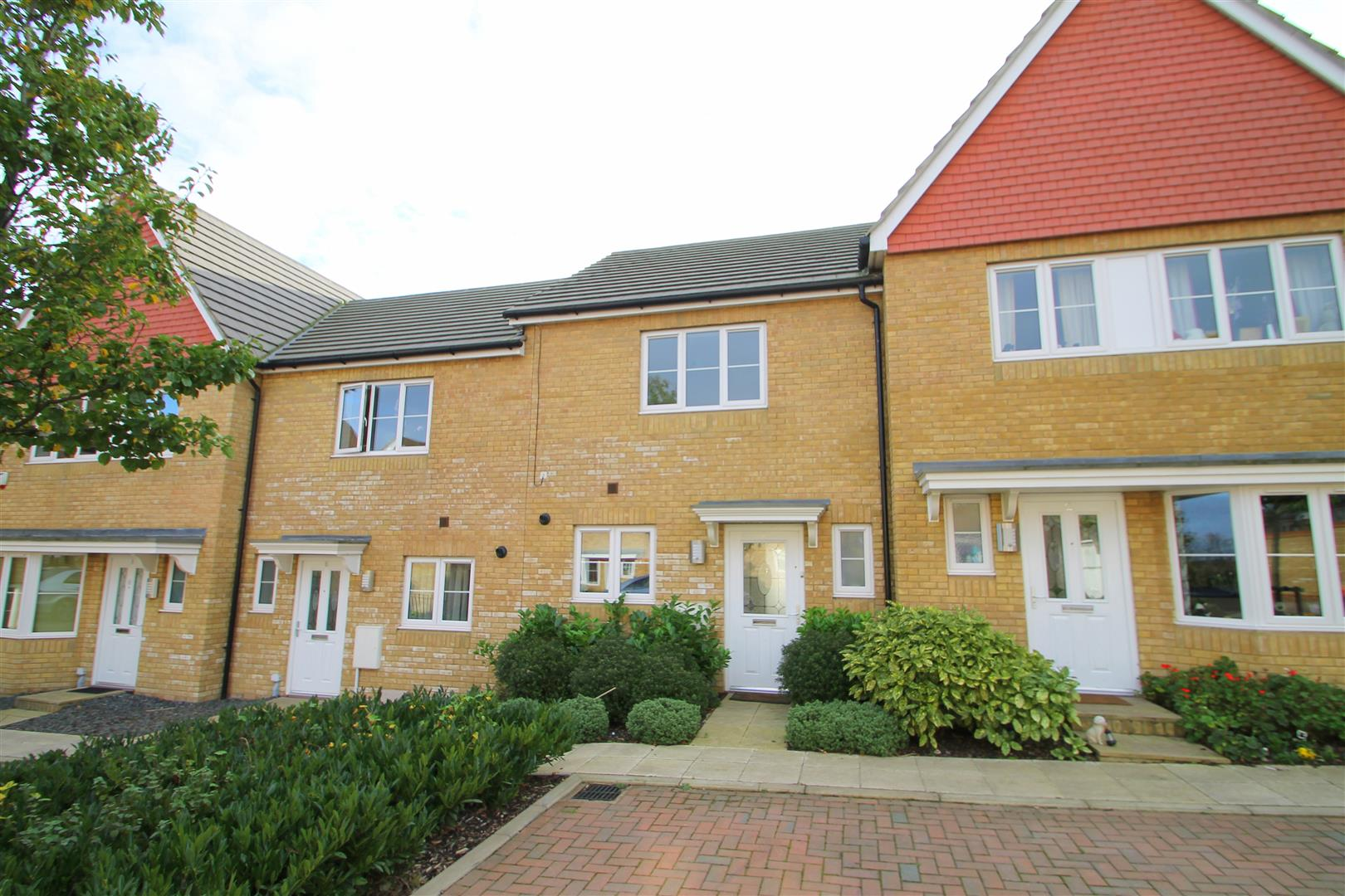 Berberis Gardens Hoo Rochester Town And City Homes