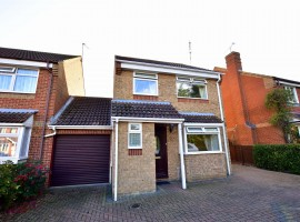 Beauvoir Drive, Kemsley, Sittingbourne